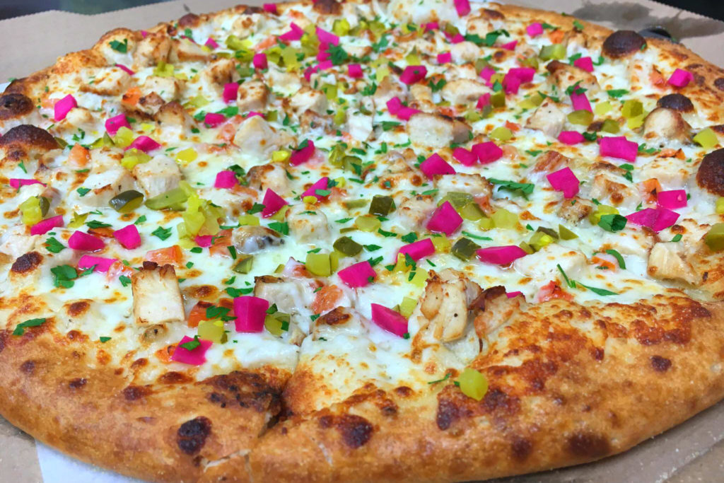 A pizza shop in California is known for its Lebanese garlic chicken pizza. (Facebook/Big Al's Pizzeria)