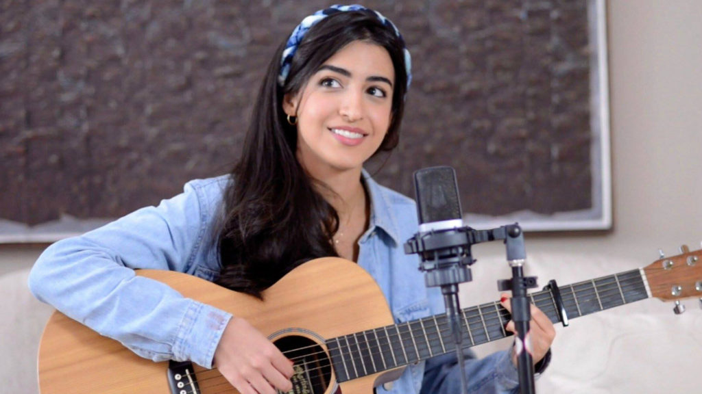 Lebanese-Brazilian singer Luciana Zogbi is known for her YouTube channel, which has more than 200 million total video views. (Facebook/Luciana Zogbi)