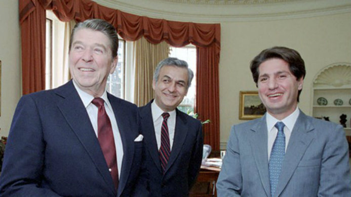 Former U.S. President Ronald Reagan met with former Lebanese President Amine Gemayel on December 1, 1983. (The Ronald Reagan Presidential Foundation and Institute)