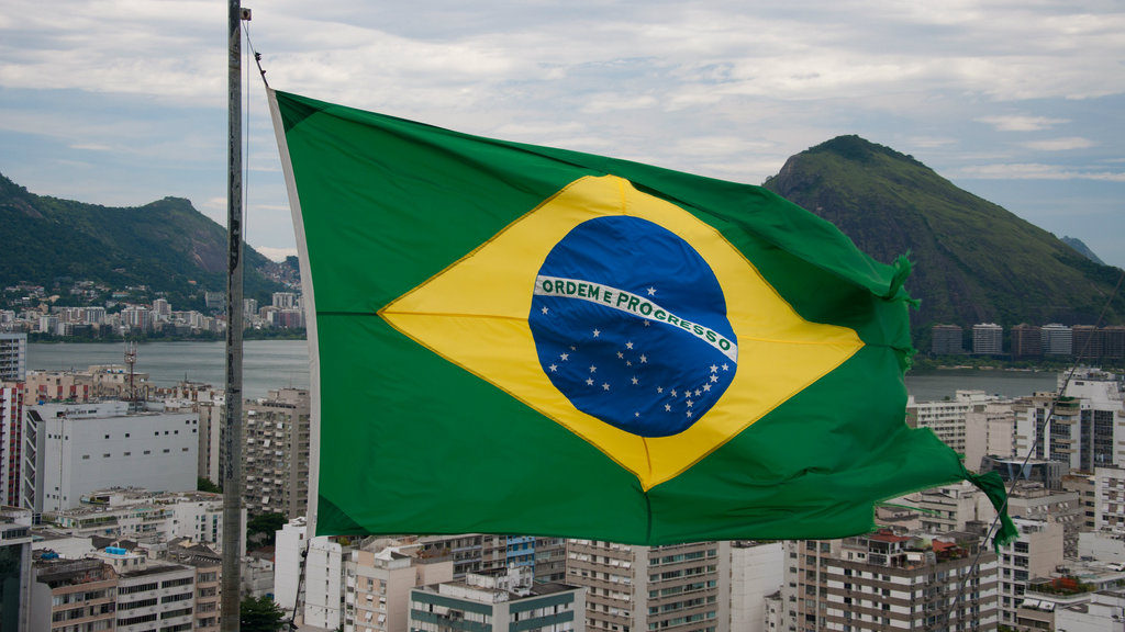 brazil lebanese flag